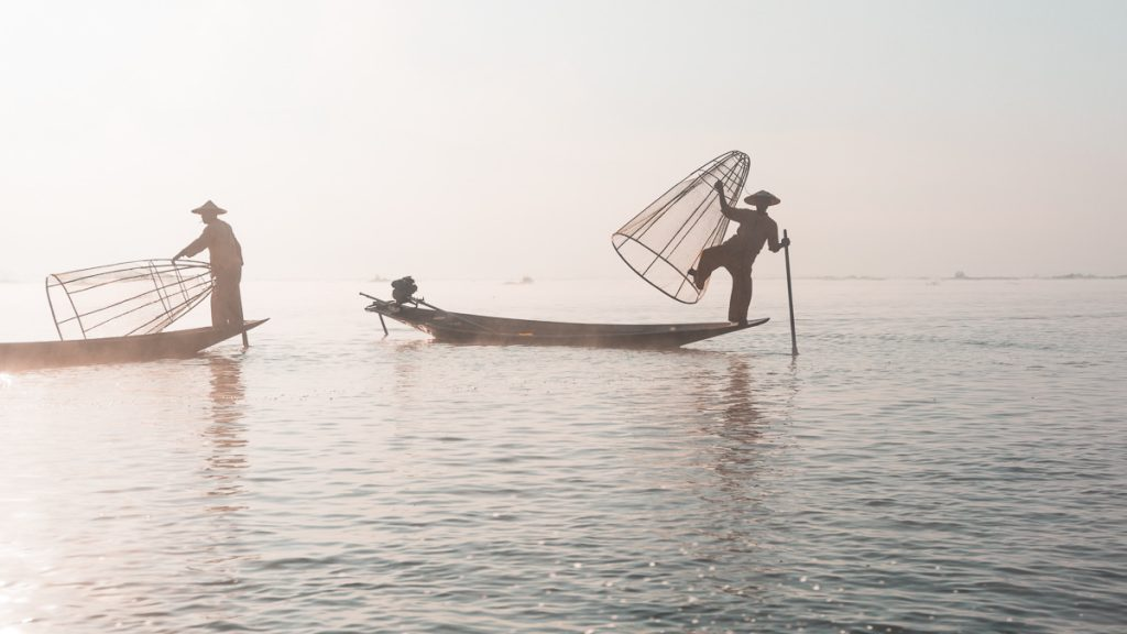 Fisherman for Tourist on Inle Lake